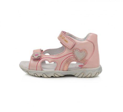 D.D. Step kislány bőrszandál rózsaszín,szíves, 20-22 (AC625-791a) - (KISEBB MÉRETEZÉS)!! AKCIÓS